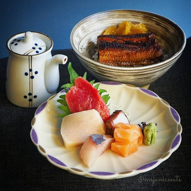 🐟 Sashimi Unajyu (S$22.80) 🐟 Mixed Sashimi | Unagi | Rice | Miso Soup  Southpaw has recently launched their new set lunch menu which is available from Mondays to Fridays 12 to 2pm.  Besides this Sashimi Unajyu Set, the other rice bowl sets available are Chirashi Don (S$18.90), Shake Don (S$17.90) and Wagyu Beef Don (S$18.90).