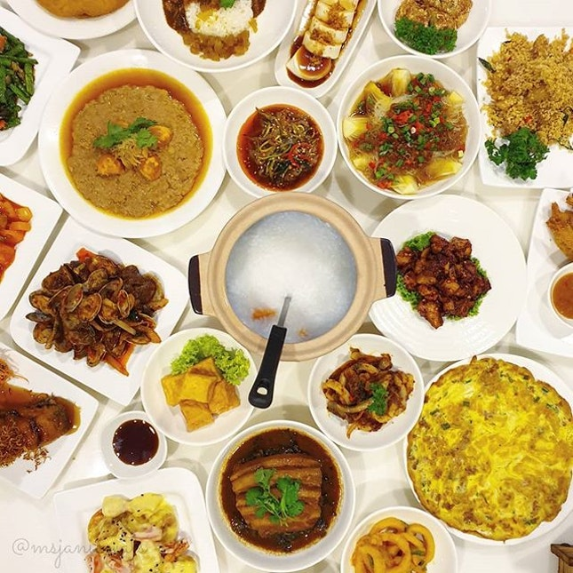 ⭐ Goldleaf Restaurant 金葉餐廳 ~ Lunch and Dinner Buffet ⭐  Goldleaf Restaurant (established in 1971) is celebrating their 48th anniversary with a newly-launched lunch and dinner buffet spread comprising 48 dishes that are guaranteed to titillate your tastebuds.