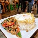 Talad Rod Fai Train Night Market