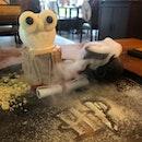 A Decent Themed Restaurant - Better Desserts Than Food
