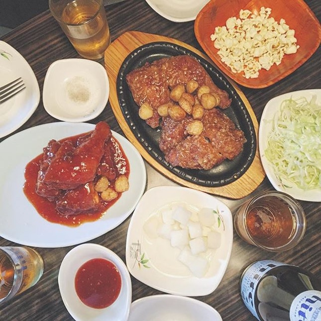 ; winner winner chicken dinner  미락 fried chicken, known for their extra seared cloves of garlic.