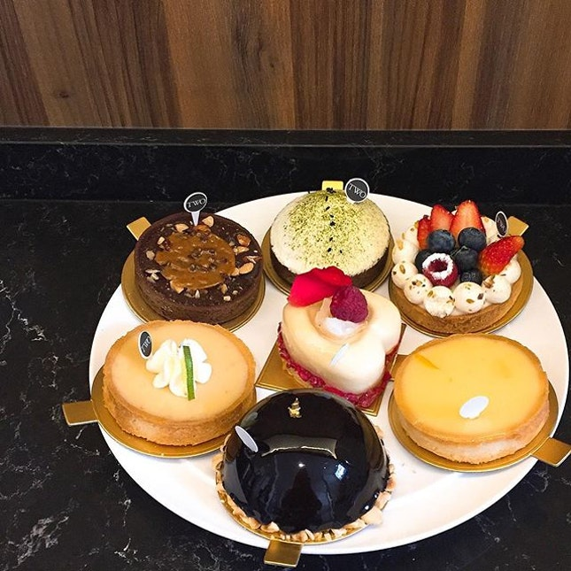 Desserts overdose on a sweet (literally) Friday!
