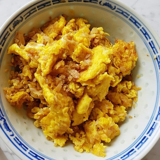 My all time favourite Chai Po Egg 😊 #homecooked #chaipoegg #radishomelette #菜脯蛋  #homecookedbymum #sgfood #8dayseat #whati8today #openricesg #burpple #burppleSG #sgigfoodies #sgfoodies #sgig #igsg #instasg #iweeklyfood #fatclayfood #fooddiary #foodporn #hungrygowhere #onthetable #singaporeeats #sgfood #foodphotography #foodstagram #STFoodTrending