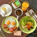 A good spread of breakfast at Acacia Hotel in Manila.