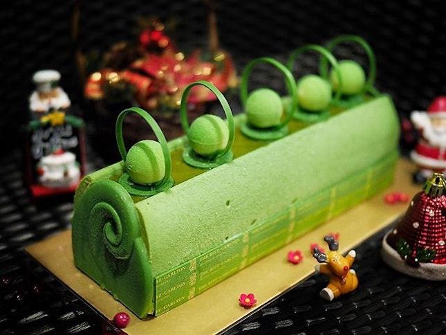 [Christmas @ The Ritz-Carlton, Millenia Singapore] .