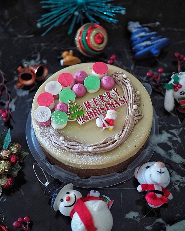 [Christmas - Cat & the Fiddle Cake] .
