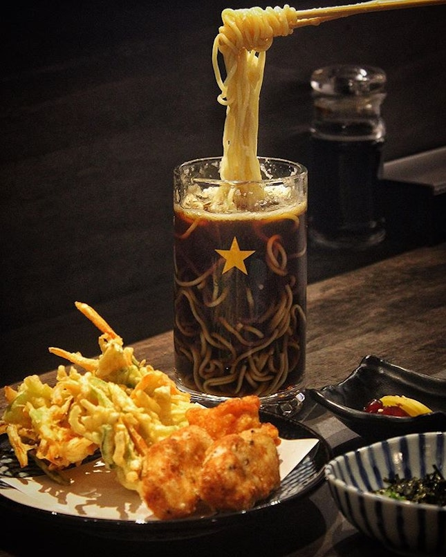 Toast your weekends with @ensushisg Beer Ramen ($22.90++)!