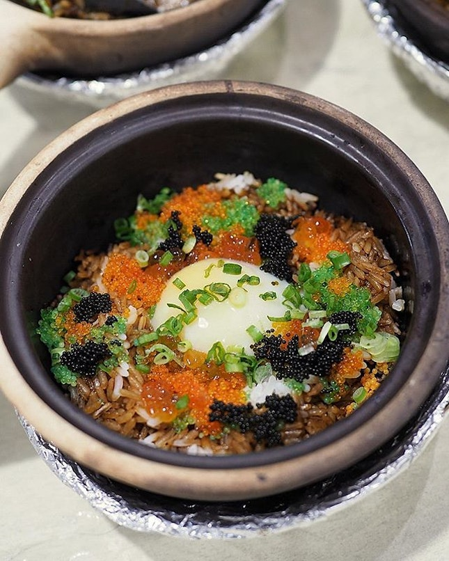 @house_of_happiness_sg Ikura, Tobiko and Onsen Egg Claypot Rice.