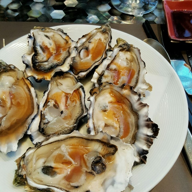 Go Raw With Oysters