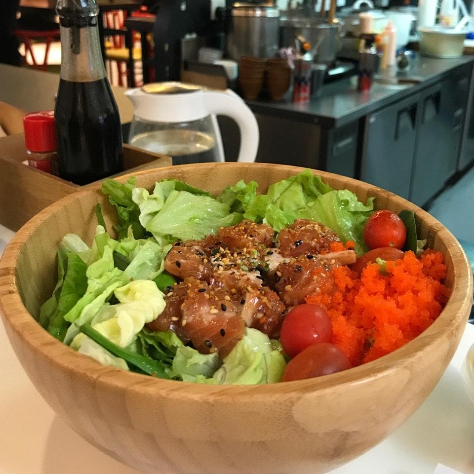 Salmon Poke + Salad ($9.90)