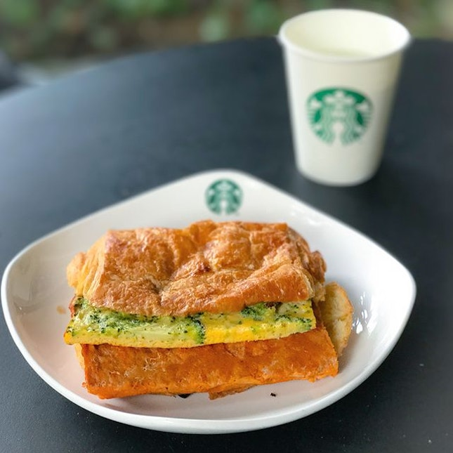 Otah & frittata crossaint-wich [$6.90] In replacement of the usual toast in sandwiches, this comes with a crossaint Danish pastry instead, launched exclusively as part of national day special items.