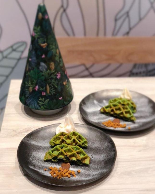 Three course Christmas dinner menu (3/3) : Matcha mochi waffles with froyo [$30/set] .