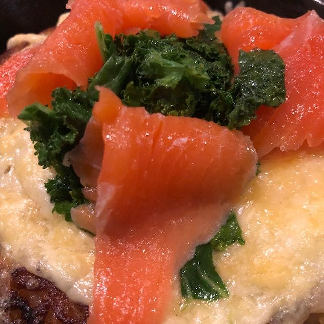 Smoked Salmon & kale Cheese Rosti
