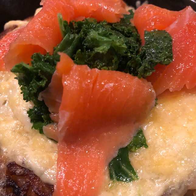 Smoked Salmon & kale Cheese Rosti