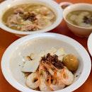 Loyang Way Big Prawn Noodles may be difficult to get to (at Loyang Way Food Village) but wow, what a reward!