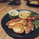 One of my favourite western dishes is a grilled chicken chop accompanied with a side of pasta and salad, and this version done by Spagtacular hit the spot!