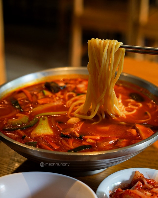BuDae Jjamppong (Army Spicy Noodles Soup)