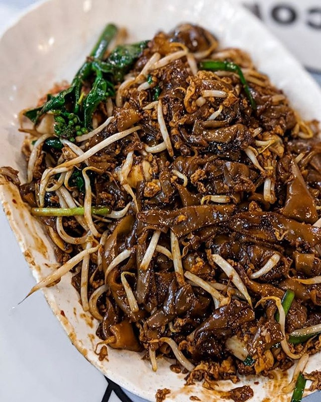 There's a few things better than a steaming hot fried plate of Char Kway Teow on a rainy  April morning.