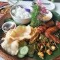 Poison Ivy Bistro at Bollywood Veggies