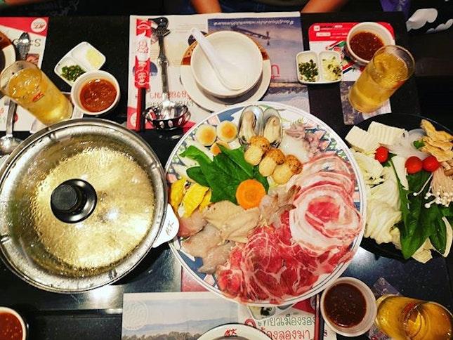 #mk #steamboat #roastduck #roastporkbelly #sgfood #sgeat #hungrygowhere #instag #instagfood #foodpic #burpple #sgcafe #whati8tdy #grabfood