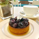 Splurging a little for my afternoon treat at Tarte by Cheryl Koh.