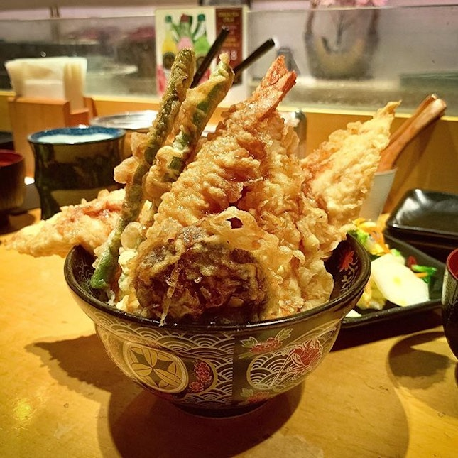 Introduced my friend to Ginza Tendon Itsuki for lunch.