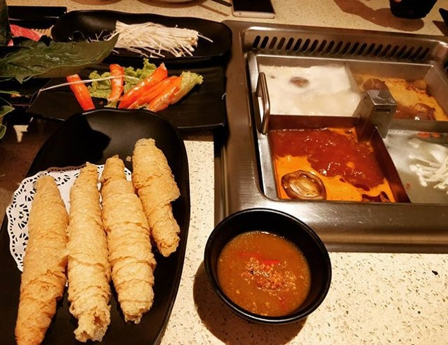 @icedteholic @claramila favourite steamboat soup bases and the beancurd roll.