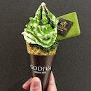 Godiva Matcha-Vanilla White Chocolate