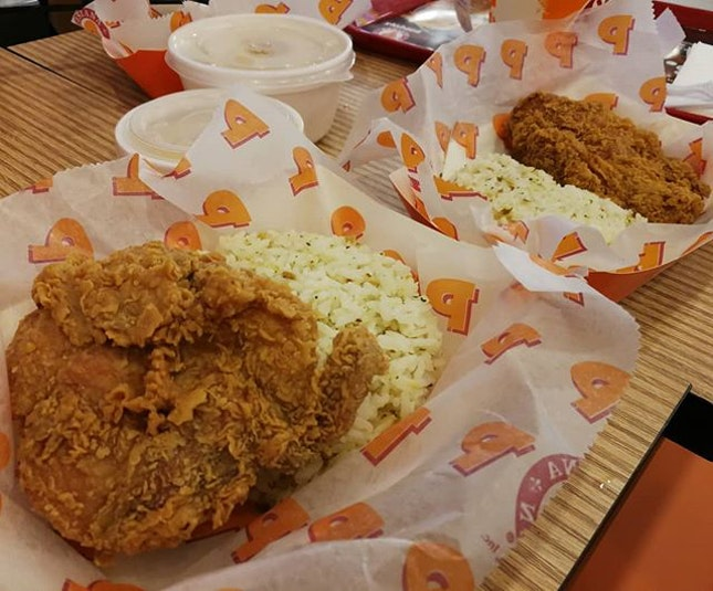 Call me biased, but Popeyes' fried chicken is the best fastfood fried chicken in SG.