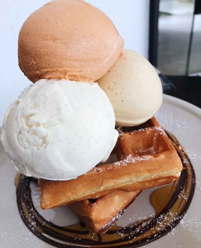 Waffles With Triple Scoop