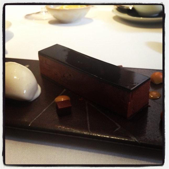 Chocolate, caramel, salted peanut ice cream @ Pied a Terre