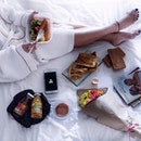 Feeling lazy yet wanna enjoy some warm and delicious food in bed?