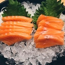 shiok salmon sashimi from sushi tei; super fresh, rich and smooth thick slices w no fishiness at allz ~~~ yes pls