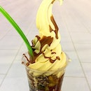 LLAO LLAO --------------- MANGO YOHURT SOFT SERVE --------------- A different rendition from the usual yoghurt soft serve, this mango parfait was greatly enjoyed topped with a choice of sauce, 3 fruits and 2 toppings!