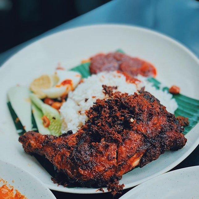 "Nasi Lemak is undoubtedly one of my favorite Malaysian dishes and Village Park is touted as having the ""best nasi lemak"" in town."