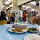 "My students say this stall is called ""Wah Chee"" and it is nice."