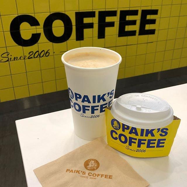 Vanilla Latte ($4.50) ☕️ Such huge cup of caffeine dose!