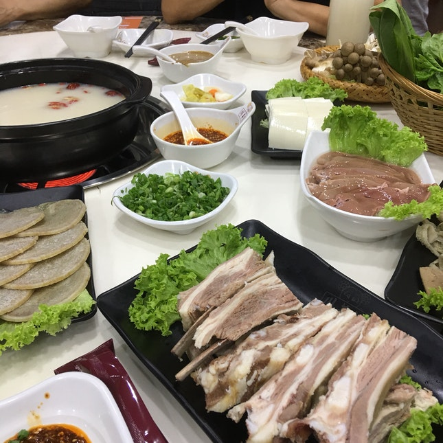 Mutton Steamboat ($99.80 for 4-5 pax)