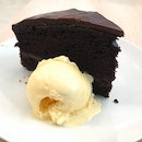 Fat Spoon Choc Cake with Ice Cream (RM15)