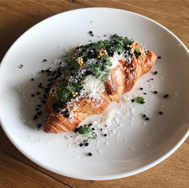Spanish Tuna Provencal & Aged Gouda Croissant (RM21)