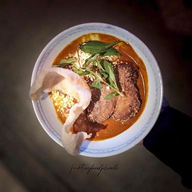 Crispy duck curry ($27++).