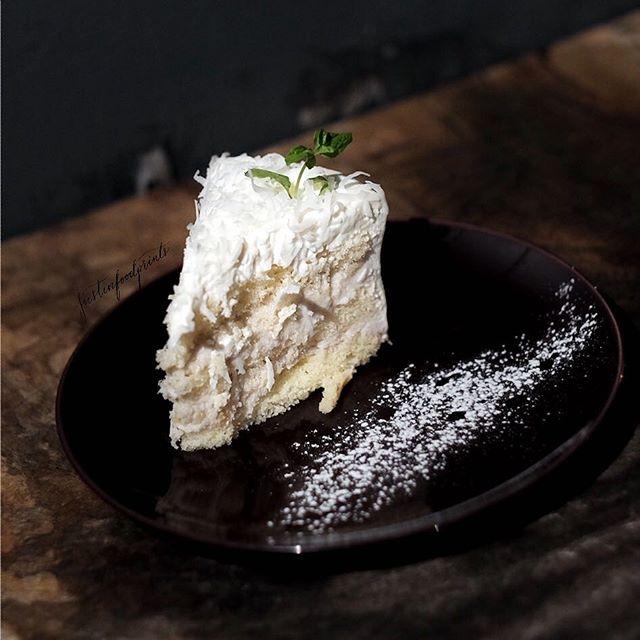 Orh Nee Cake ($10).