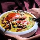 Cheesy Crab Bee Hoon with Crab Roe ($44.80).