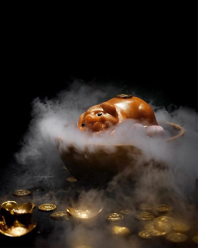 Pig-Shaped Nian Gao with Purple Sweet Potato Nian Gao and Mochi ($38.80).