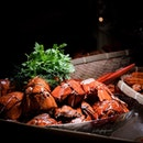 Maine Lobsters, and Alaskan King Crab Legs (included in $150++/adult Christmas Brunch Buffet).