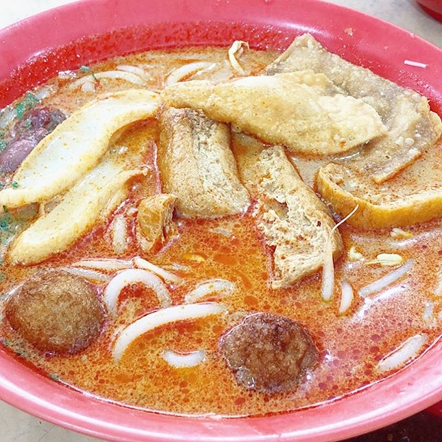 [JOHOR] Very delicious Laksa and other noodles (dry mee or soup).