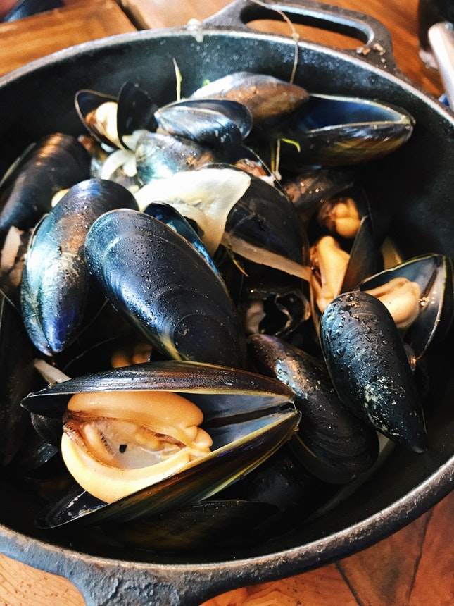 Scottish Blue Mussels In White Wine ($30)