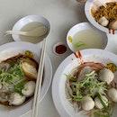 Fishball Noodles w special Dumplings
