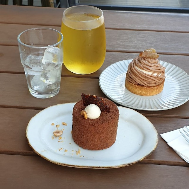 Minimalist Taiwanese Cafe Serving Delightful Sweets