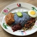 Nasi Lemak Bunga Telang ($3.50)